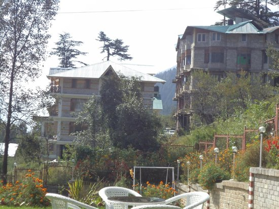 Shingar Regency: view from lawn