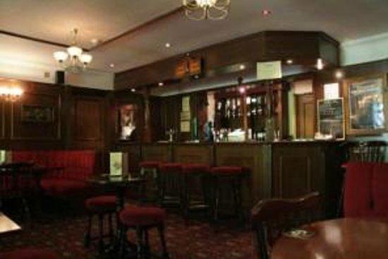 Gatwick Belmont Hotel & Restaurant: Hotel Bar Area