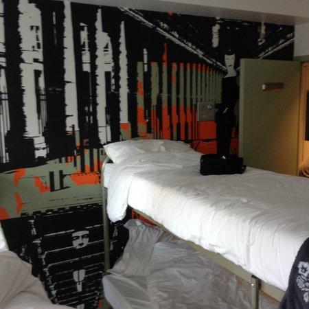 3 Ducks Hostel : Chambre 6personnes