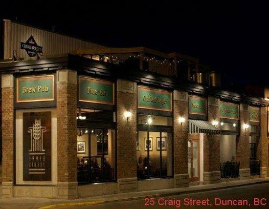 Craig Street Brew Pub : Exterior of Building