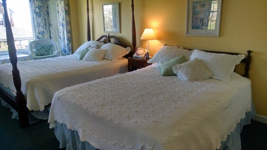 Eden Pines Inn: Room 1