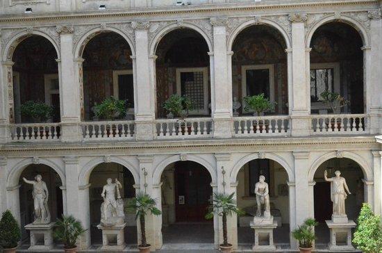 Museo Nazionale Romano - Palazzo Altemps: Галерея