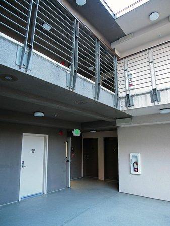 Downtown Berkeley Inn: Courtyard