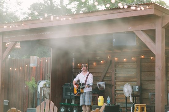 The Pour Haus: Live music every night