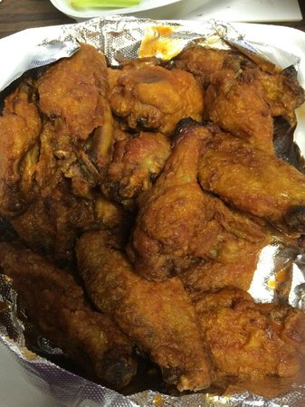 Jigsy's BrewPub & Restaurant : Wings
