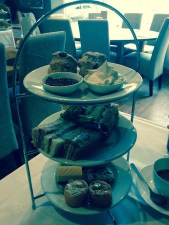 Breda Murphy Restaurant: Afternoon tea