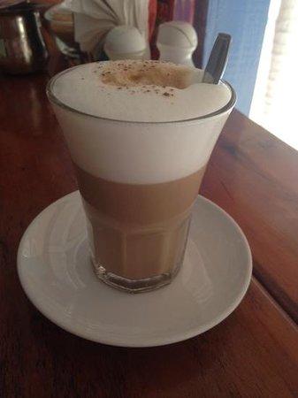 Amor y Cafe: yummy latte!