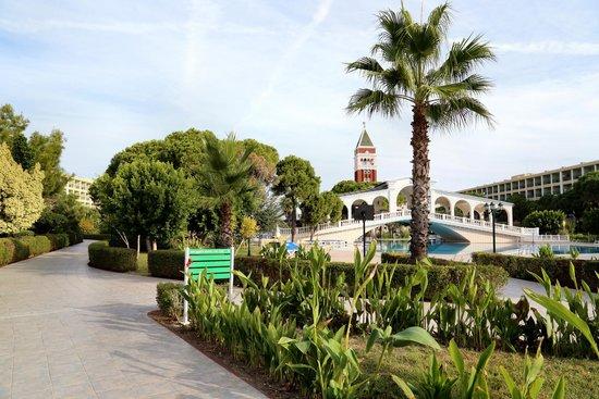 Venezia Palace Deluxe Resort Hotel: Park