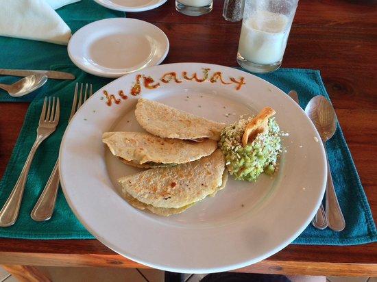 Playa Blanca, Mexiko: Delicious guacamole!