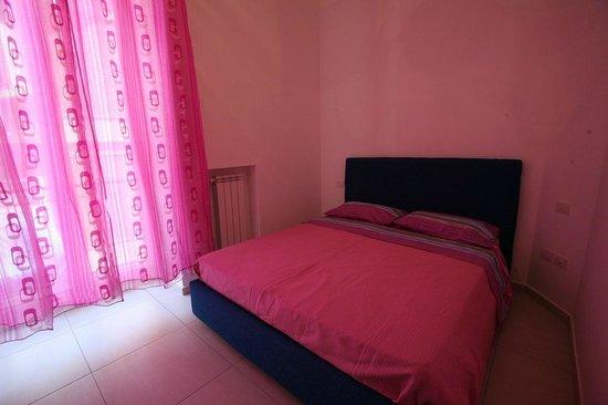 Camera da letto - Picture of Vivi Napoli, Naples - TripAdvisor