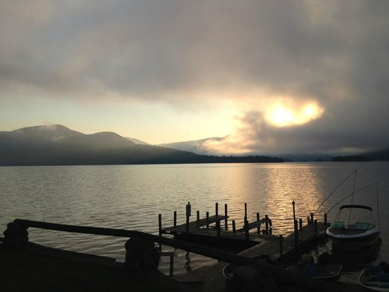 Candlelight Cottages LLC on Lake George: Sunrise