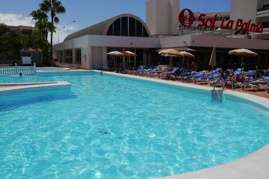Main pool picture of sol la palma hotel puerto naos tripadvisor - Sol la palma puerto naos ...