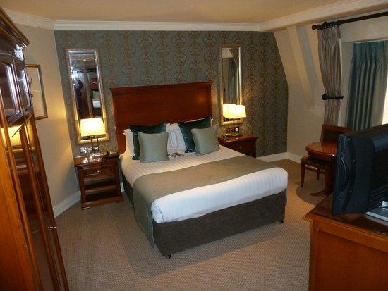 International Hotel Killarney: Room