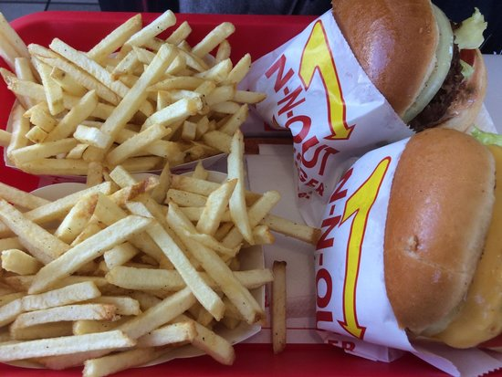 In-N-Out Burger: Hmmm we enjoyed very much
