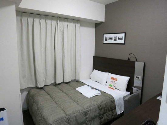 Comfort Hotel Naha Prefectural Office: ベッド