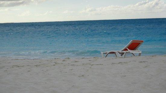 Royal West Indies Resort: Grace Bay at RWI