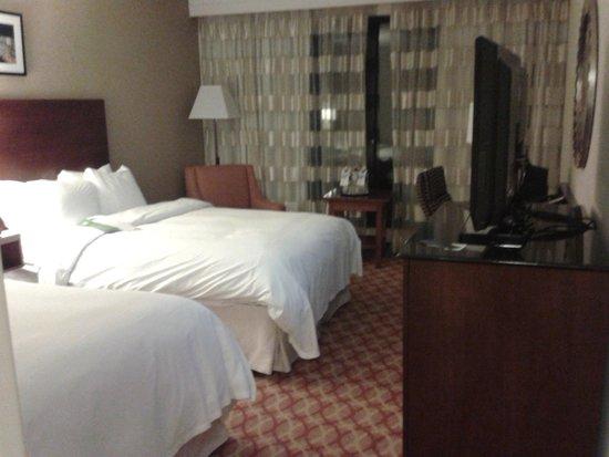 Ottawa Marriott Hotel : 2-queen room on 21st floor