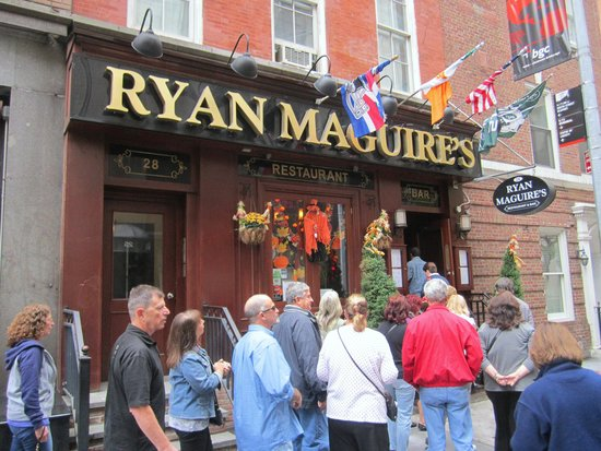 Ryan Maguire's Ale House : The front of Ryan Maguire's