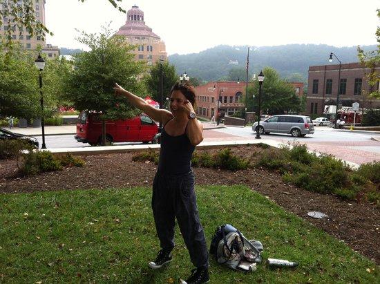 Travelling Yogini Yoga Tours