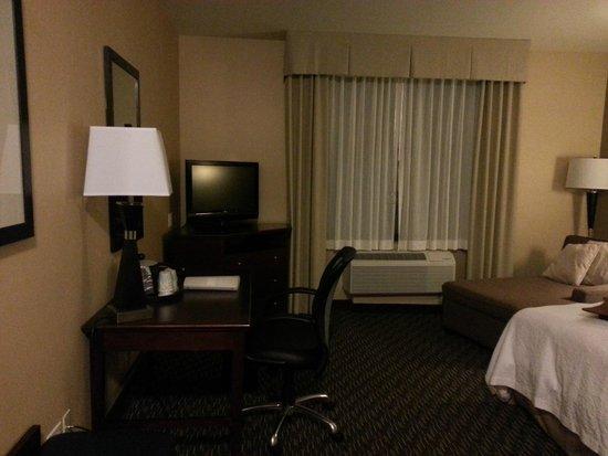 Hampton Inn & Suites Arroyo Grande/Pismo Beach Area: Room