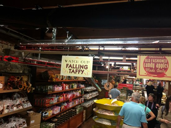 Taffy drop - Picture of Savannah\'s Candy Kitchen, Savannah - TripAdvisor