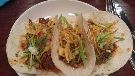 Two Stones Pub: Braised Pork Tacos