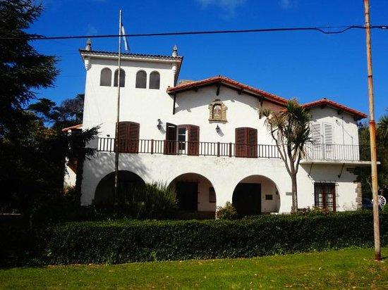 Museo historico municipal Roberto Barilli: El museo desde afuera