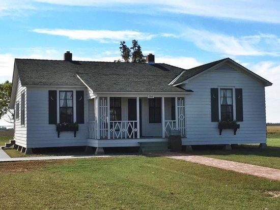 Johnny Cash House: Childhood home of Johnny Cash