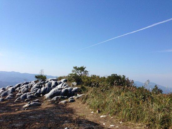 Hiraodai: 飛行機雲も見えた