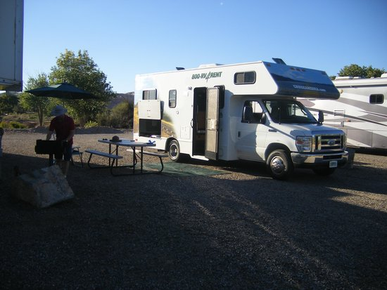 Cadillac Ranch RV Park: RV Sites