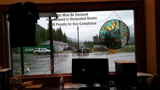 Info and stainglassed decoration, Peaks Lodge  |  Box 1061 , Revelstoke, British Columbia V0E 2S