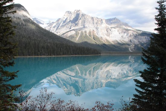 Field, Canada: Emerald Lake