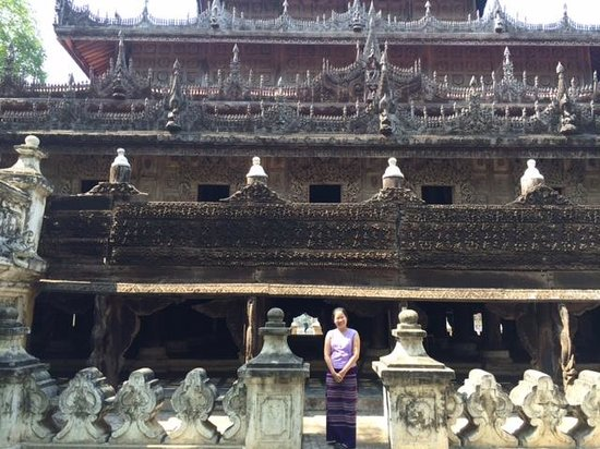 Bargaya Monastery : beautiful brick stairways