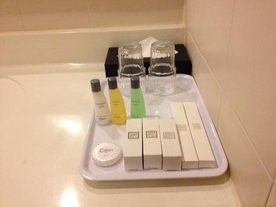 Q Hotel Kuala Lumpur: Toiletry kit