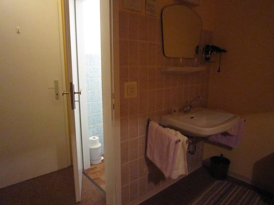 Sink In Bedroom With Toilet Behind Picture Of Hotel Marienberg Kamp Bornhofen Tripadvisor
