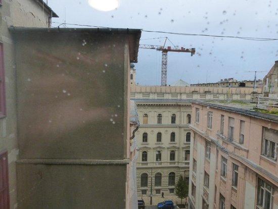 Mercure Budapest City Center : Вид из номера