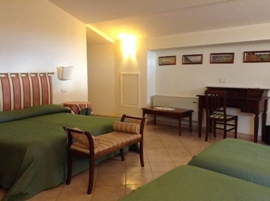 Hotel Umbra: our quadruple room