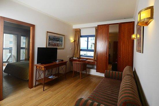 Abratel Suites Hotel: suite