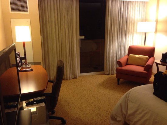 San Ramon Marriott - Room 654 King Bed