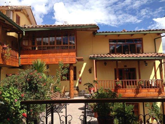 Amaru Hostal: Well kept hotel
