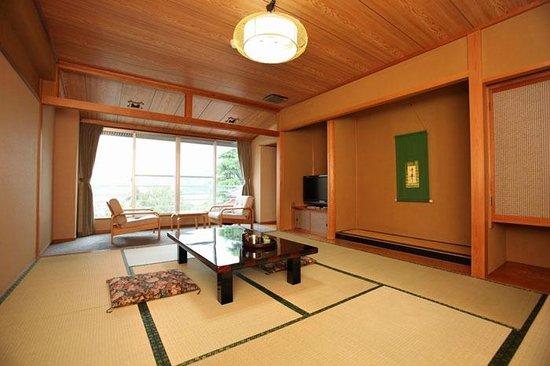 和室10畳間 Japanese Style Room With 10 Tatami Mats Picture