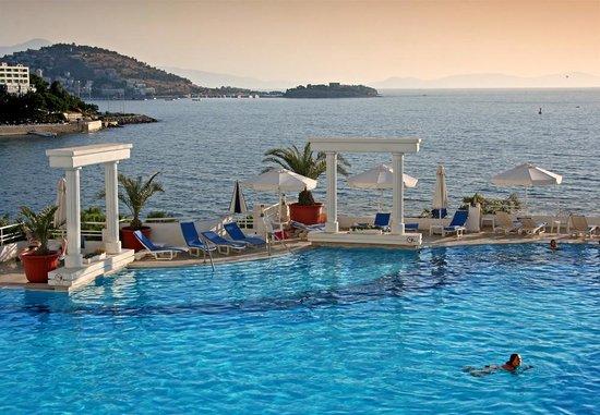 Korumar Hotel: Pool