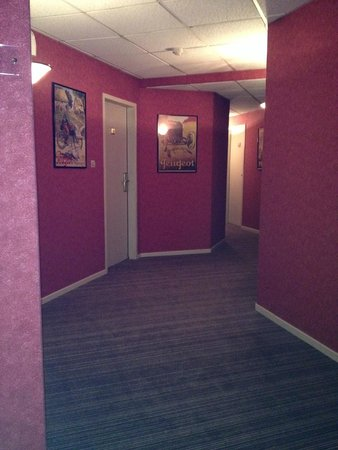 Hotel Bristol : Les couloirs menant aux chambre