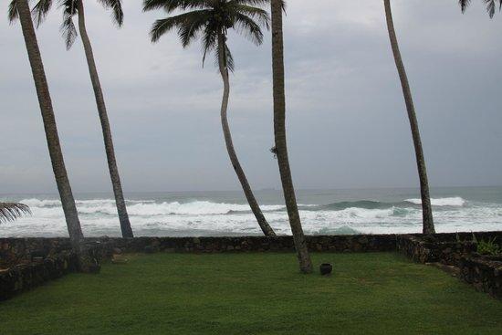 Ambalama Villa: ocean