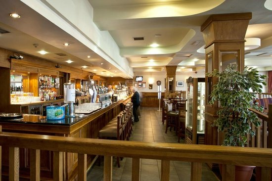 West County Hotel: Liffey Bar