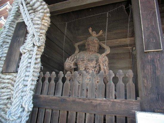 Shidoji Temple: 仁王像