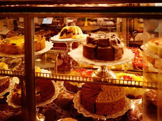 Wien a la Carte - Stadtführungen: Demel confectionery art