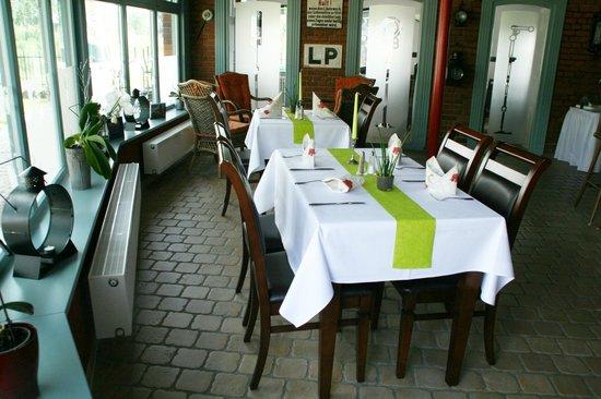 Meyenburg, Germany: Innenansicht / Restaurant