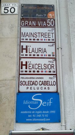 Hostal Main Street Madrid: Small Hostal Sign on street