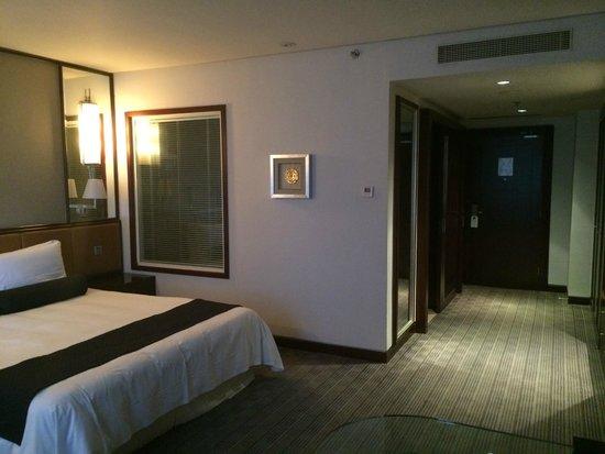 Hotel Nikko Tianjin : 室内窓側から